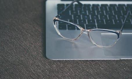 Glasse on laptop